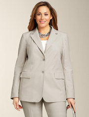 The Best Plus Size Suits for Women
